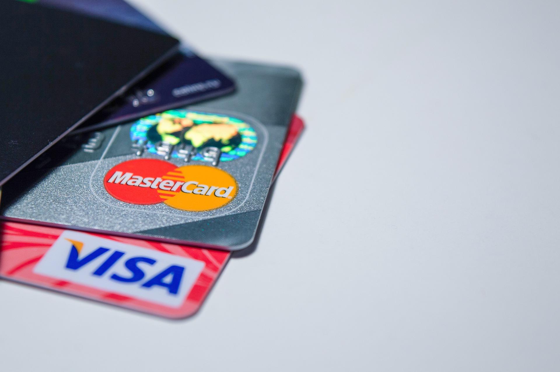 Waarom een creditcard meenemen op vakantie handig is